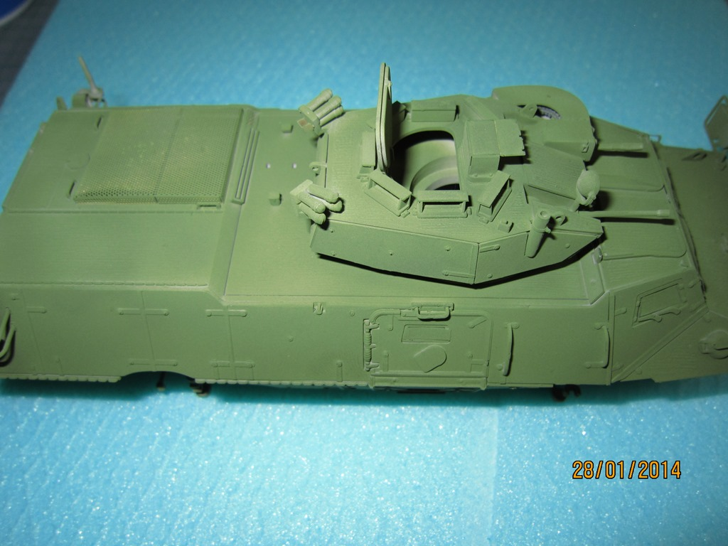 M1117 Guardian Armored Security Vehicle(ASV) TRUMBETER 1/35 IMG_0158_zps09ad785c