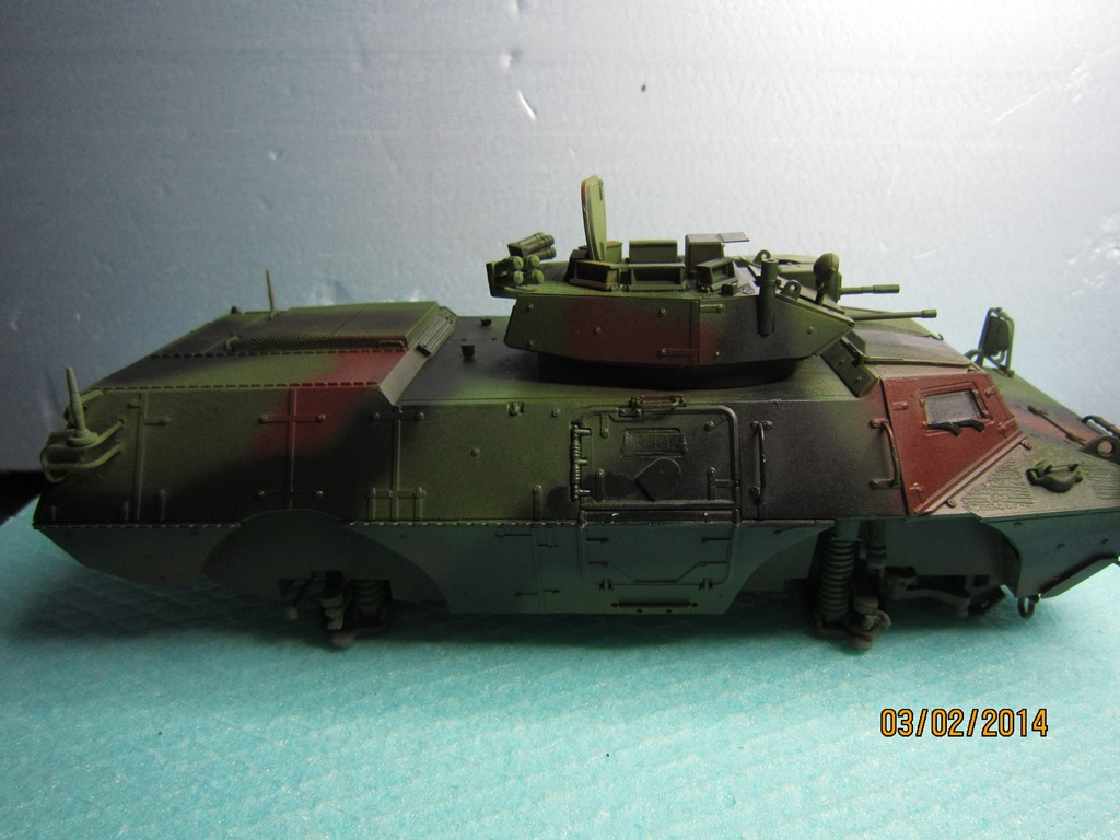 M1117 Guardian Armored Security Vehicle(ASV) TRUMBETER 1/35 IMG_0175_zps8d576a5d