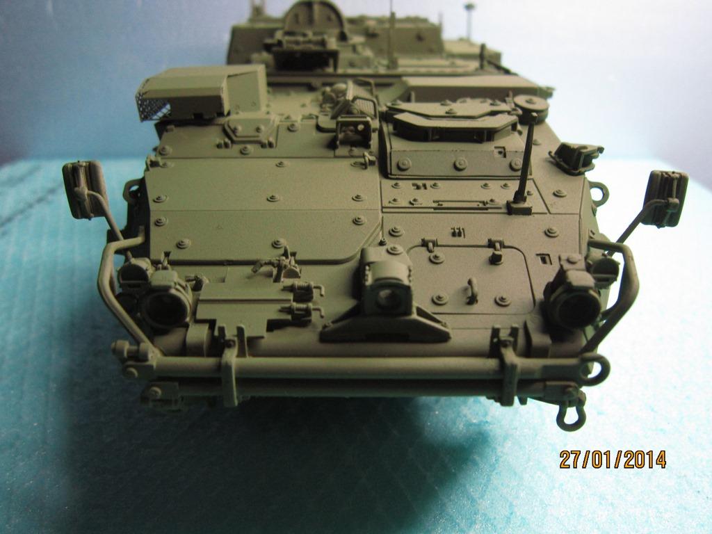 M1134 Stryker MEV Trumbeter 1/35 IMG_0156_zps4a5d5cca