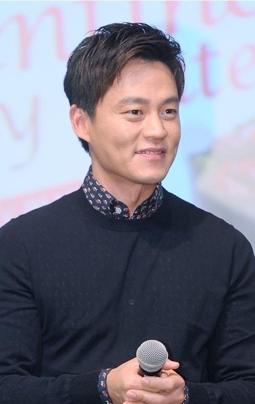 Lee Seo-jin (이서진) - Pagina 2 Leeseojin_30