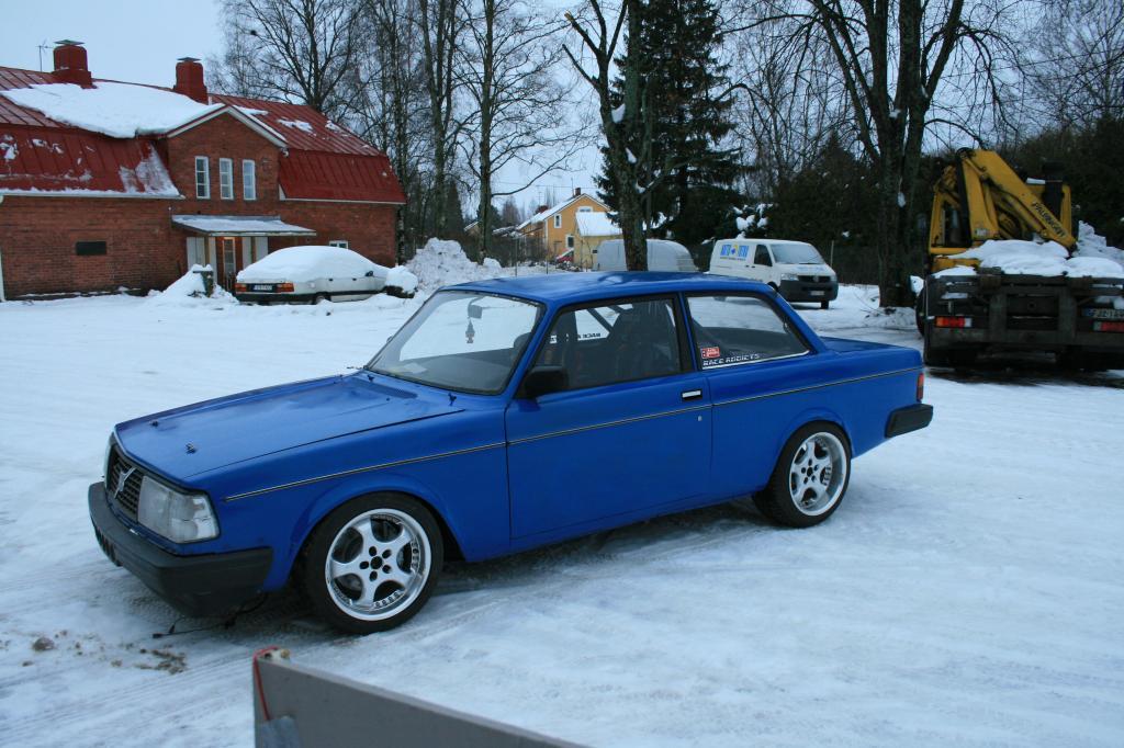 Volvo 242 -77 - Sivu 3 IMG_5828_zps1e978a08