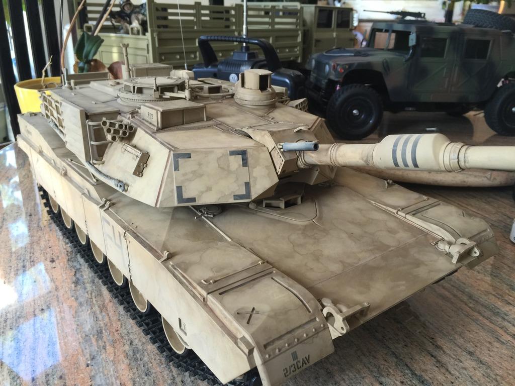ABRAMS M1 A2 34DDE1B1-9835-4C25-8353-5204FDB19F08