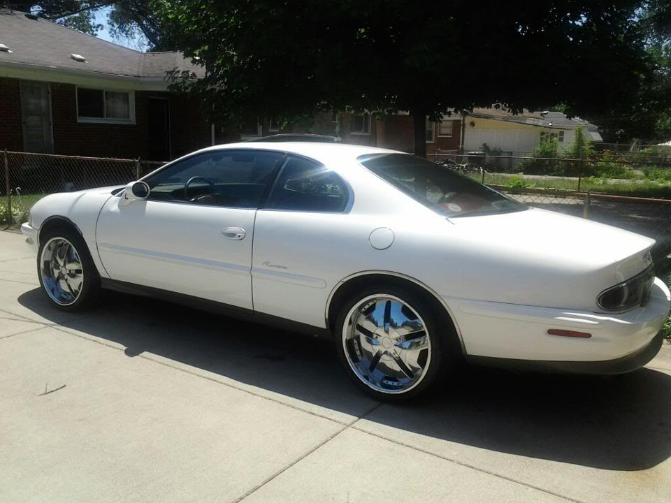 "1995 Buick Rivera on 20's....""Britney Spears"" Rivis20s"