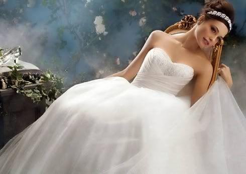 Wedding Dresses. - Page 6 2934519247