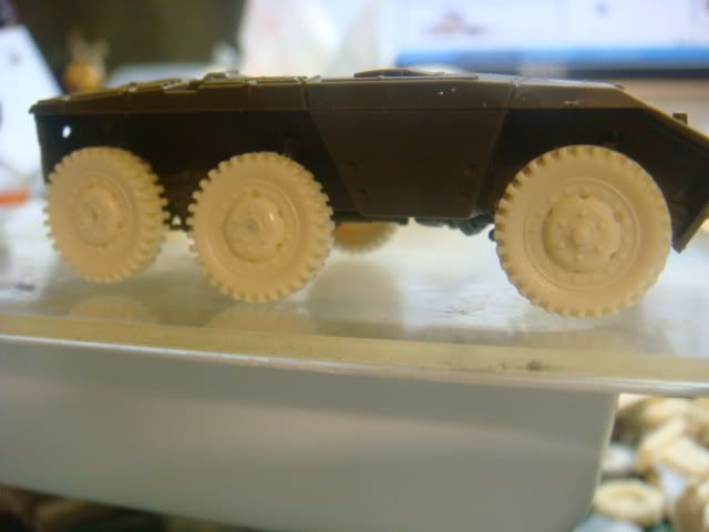 1/72 snow tires for the M3A1 and the M8/M20 Armored Cars M8wheel-3