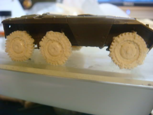 1/72 snow tires for the M3A1 and the M8/M20 Armored Cars M8wheelwithchain-6