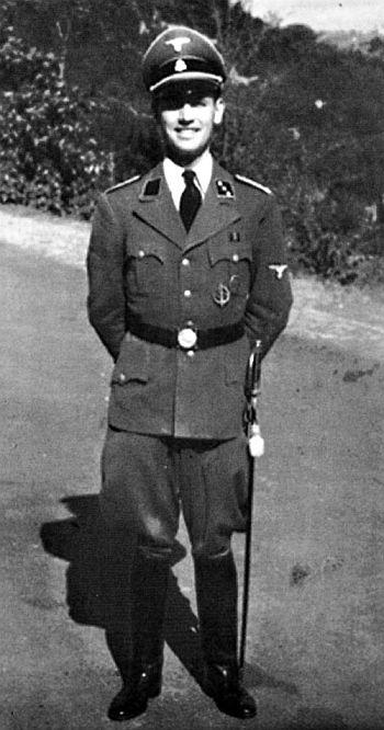 Criminales nazis en Argentina AAC_zps8f8bc8aa