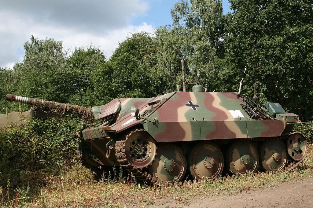 Jagdpanzer Hetzer 38 T AZYX_zpsdfa36045