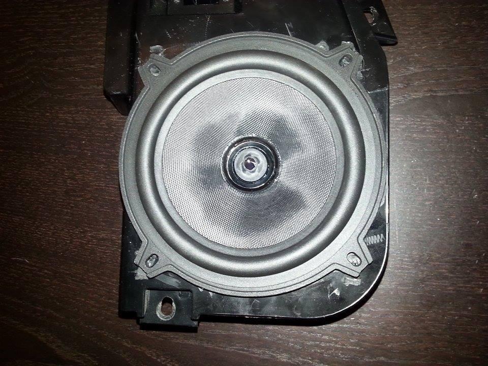 Changement des hauts parleurs adaptables 12367003_1935671983325096_618890786_n_zpsuvjdthxn