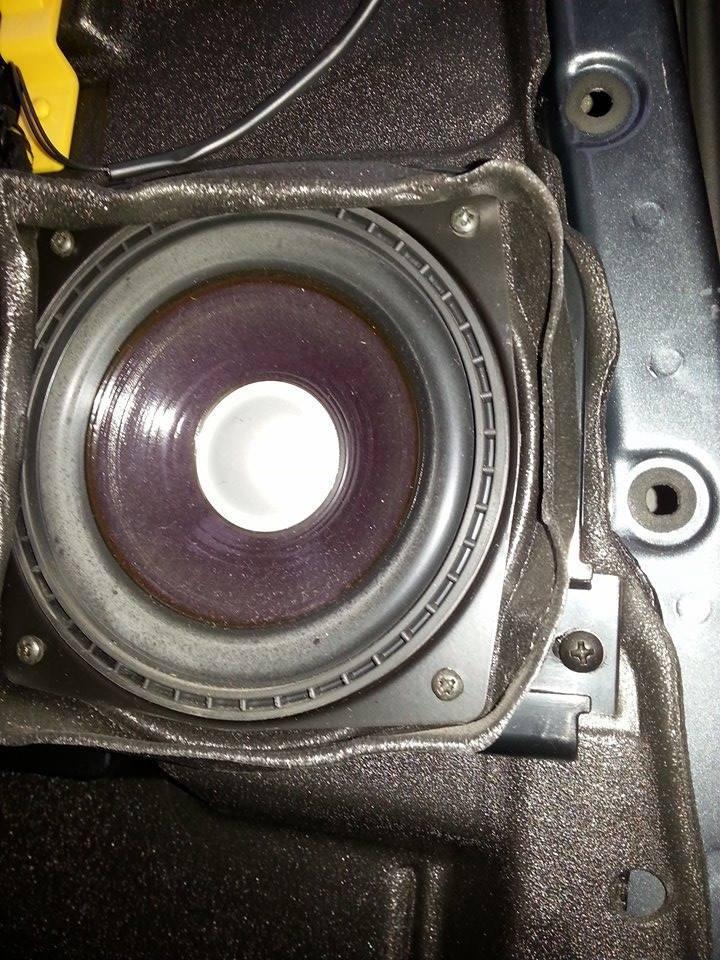 Changement des hauts parleurs adaptables 12386545_1935671673325127_804814251_n_zpsqad8uivh