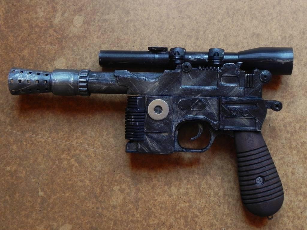 Blaster Solo DL 44 ! Han%20SOLO%20Blaster%20DL44%201a_zpsuzbqy89u