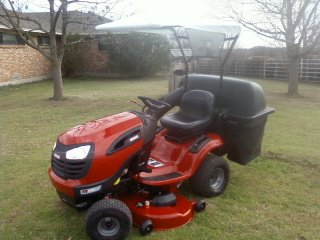 My Tractors 166404_169732406405618_285666_n-2