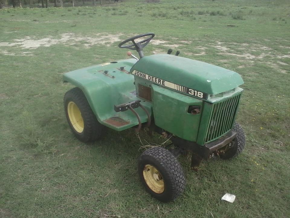 My Tractors 374072_446485385396984_686691779_n