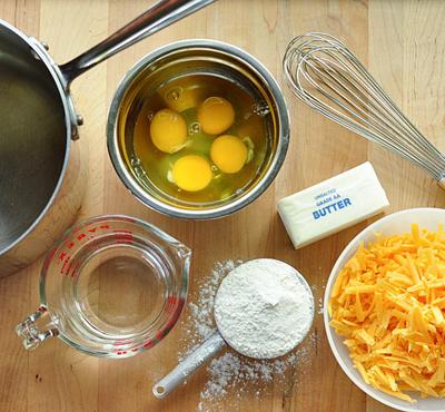 [Pháp - France][Recipe] Cheese Gougères - Bánh gougères phô mai Gougeres-1