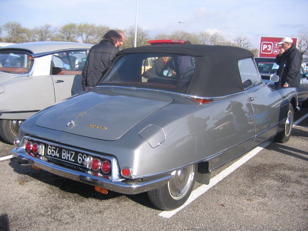 Plusieurs photos : Citroen DS (1955-1976) IMG_0695