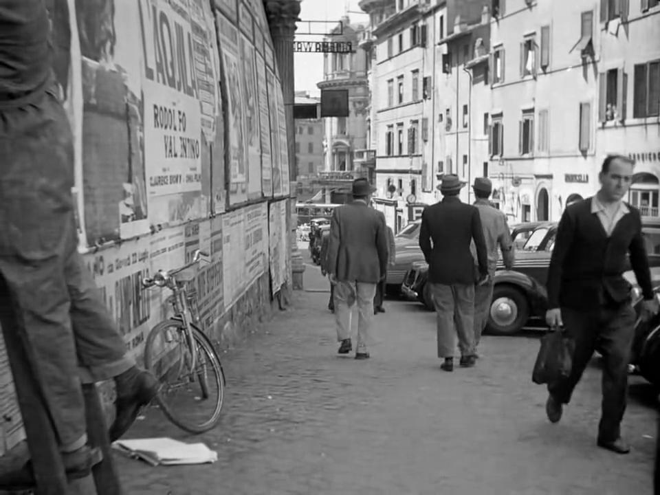 Ladri di Biciclette (1948) Vittorio De Sica BicycleThieves.04