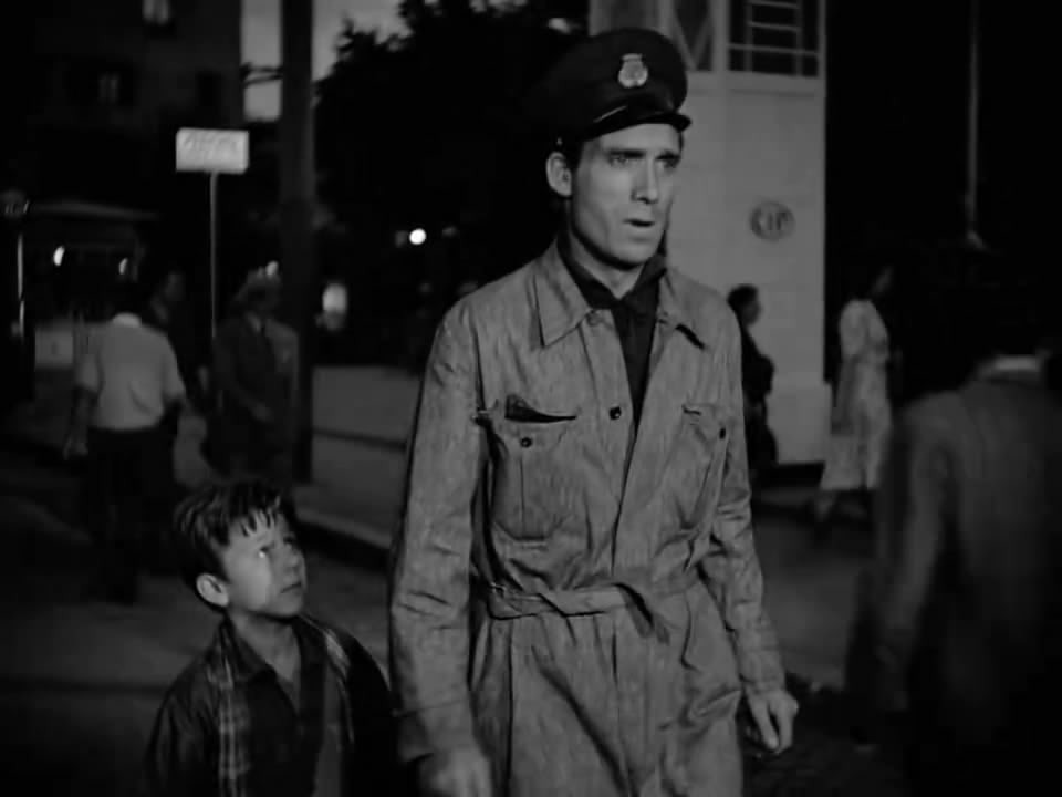Ladri di Biciclette (1948) Vittorio De Sica BicycleThieves.10