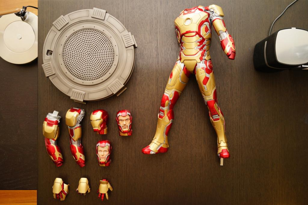 Premium Collectibles : Iron man MK XLII - Page 2 DSC04961_zps8442d8bd