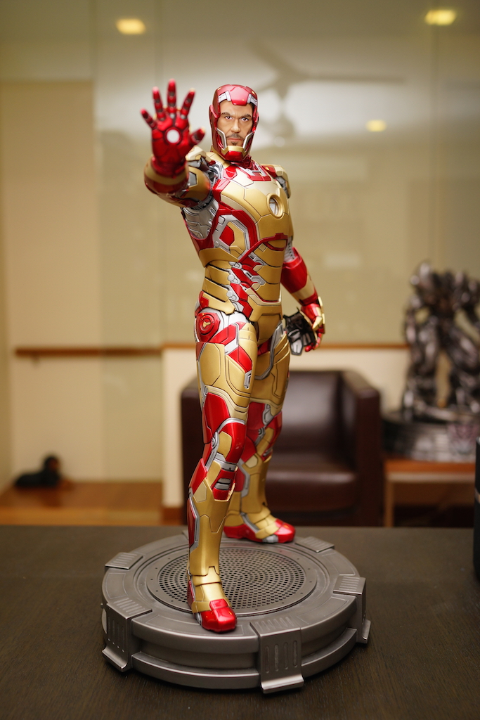 Premium Collectibles : Iron man MK XLII - Page 2 DSC04981_zps96b36c39