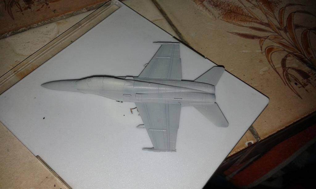 """F /A 18D  MARINES ESCUADRON """"BENGALS""""  REVELL  GERMANY 1/144 20140831_202931_zps5a3cec71"""