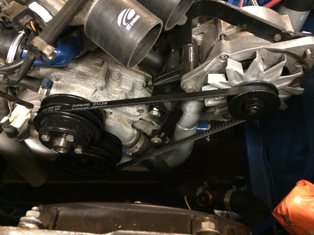 hessu75 - Finsk jävel Ford Capri 2.9 going turbo - Sida 3 IMG_0186_zpsowr5sb8a