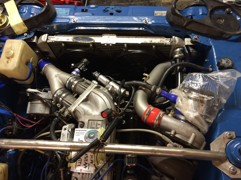 hessu75 - Finsk jävel Ford Capri 2.9 going turbo - Sida 3 IMG_0198_zpsg8sscdc5