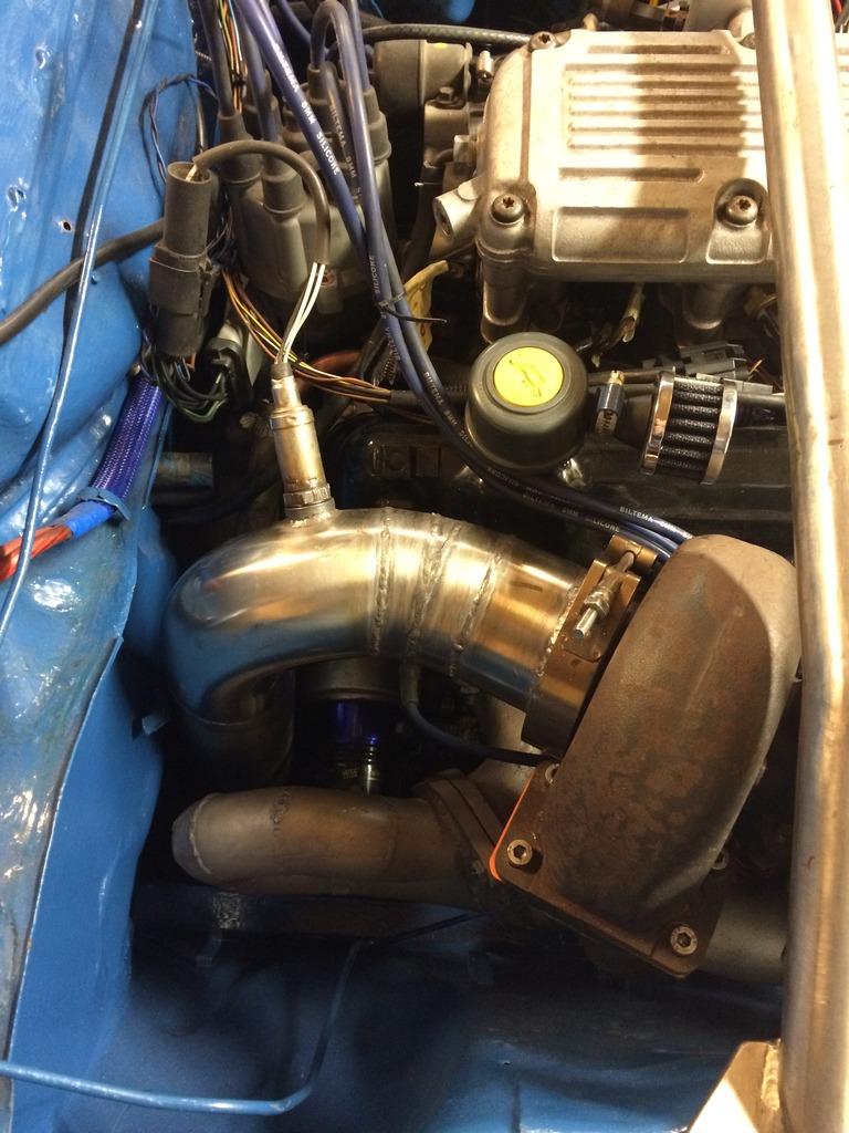 hessu75 - Finsk jävel Ford Capri 2.9 going turbo - Sida 4 IMG_0426_zpslbg2syqf