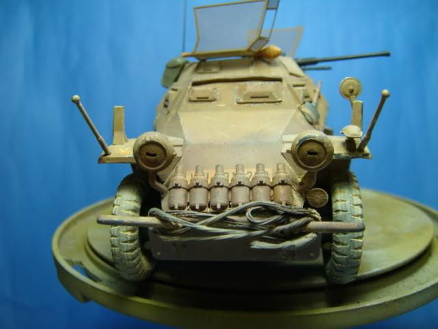 Sd.Kfz.222 LEICHTER PANZERSPAHWAGEN . DAK. (Deutsches Afrikakorps) DSC07061