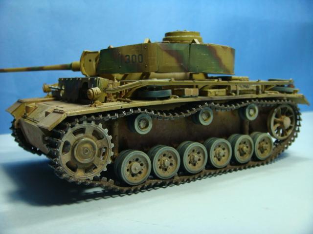 PANZERKAMPFWAGEN III Ausf. M (Sd.Kfz.141) Dragon DSC07374