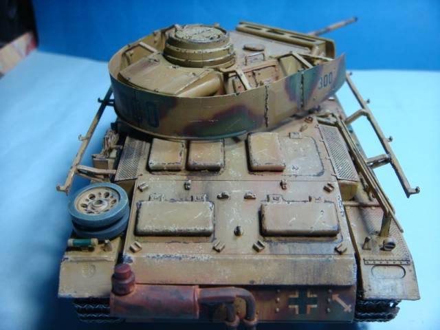 PANZERKAMPFWAGEN III Ausf. M (Sd.Kfz.141) Dragon DSC07378