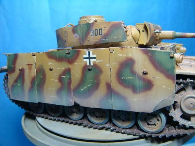 PANZERKAMPFWAGEN III Ausf. M (Sd.Kfz.141) Dragon DSC07394