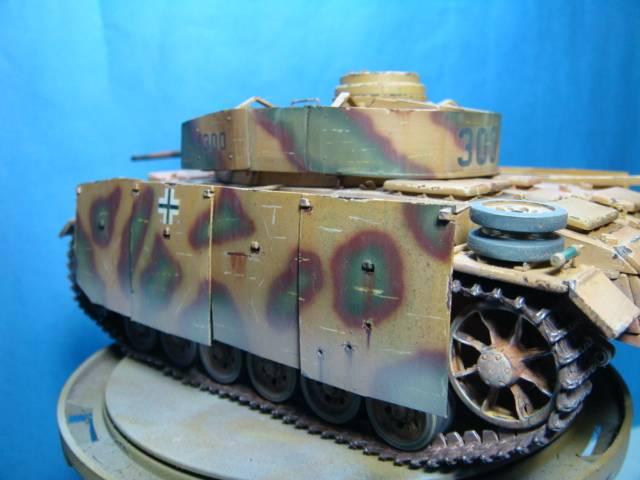PANZERKAMPFWAGEN III Ausf. M (Sd.Kfz.141) Dragon DSC07395