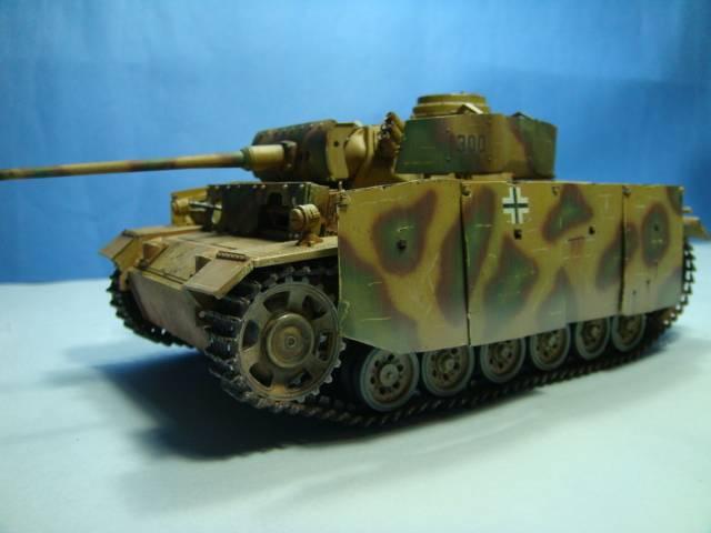 PANZERKAMPFWAGEN III Ausf. M (Sd.Kfz.141) Dragon DSC07399