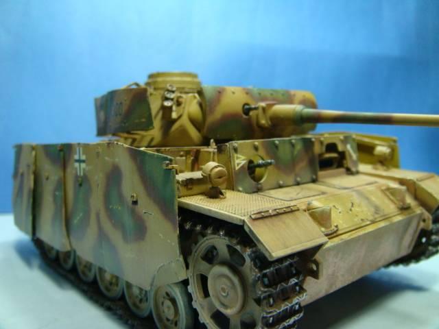 PANZERKAMPFWAGEN III Ausf. M (Sd.Kfz.141) Dragon DSC07400