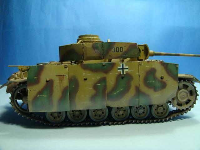 PANZERKAMPFWAGEN III Ausf. M (Sd.Kfz.141) Dragon DSC07401