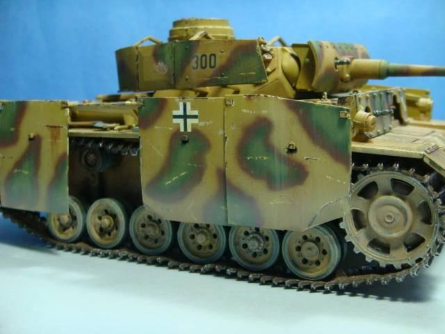 PANZERKAMPFWAGEN III Ausf. M (Sd.Kfz.141) Dragon DSC07404