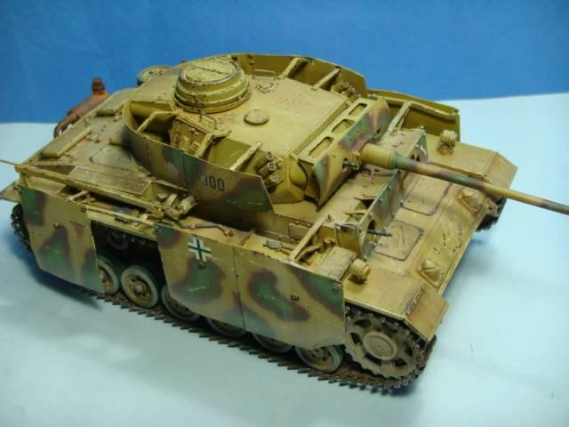 PANZERKAMPFWAGEN III Ausf. M (Sd.Kfz.141) Dragon DSC07405