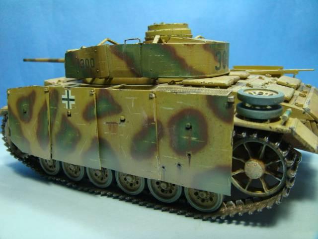 PANZERKAMPFWAGEN III Ausf. M (Sd.Kfz.141) Dragon DSC07408