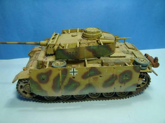 PANZERKAMPFWAGEN III Ausf. M (Sd.Kfz.141) Dragon DSC07409