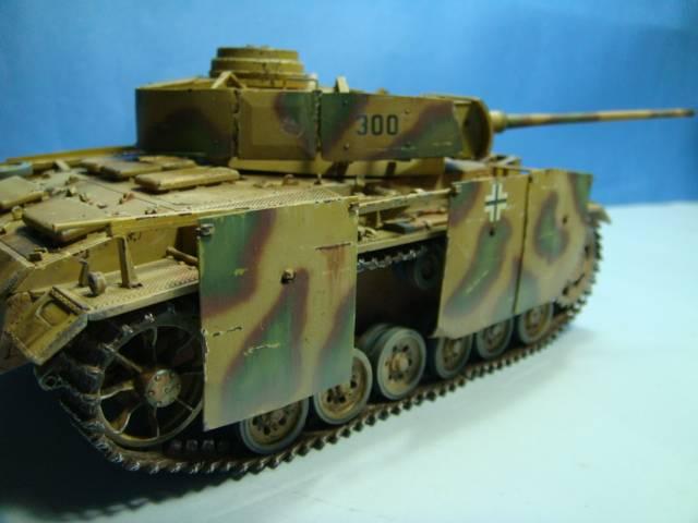 PANZERKAMPFWAGEN III Ausf. M (Sd.Kfz.141) Dragon DSC07416