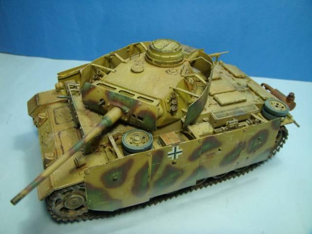 PANZERKAMPFWAGEN III Ausf. M (Sd.Kfz.141) Dragon DSC07427