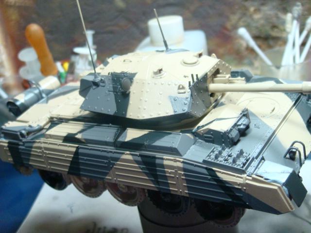 A15 Crusader Mk III  Italeri 1/35... - Página 4 DSC07768