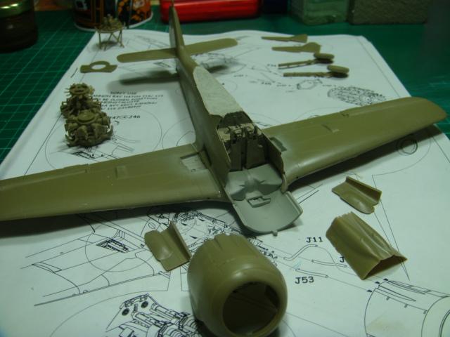 Focke-Wulf Fw 190A-8 .eduard Weekend Edition a 1/48.. - Página 2 DSC07776