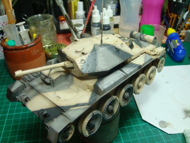 A15 Crusader Mk III  Italeri 1/35... - Página 4 DSC07785
