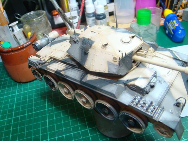 A15 Crusader Mk III  Italeri 1/35... - Página 4 DSC07786
