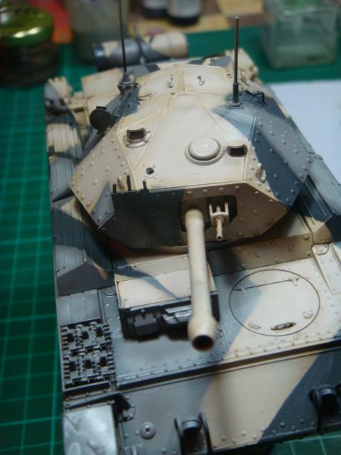 A15 Crusader Mk III  Italeri 1/35... - Página 4 DSC07788
