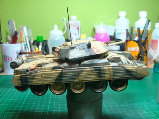 A15 Crusader Mk III  Italeri 1/35... - Página 4 DSC07803