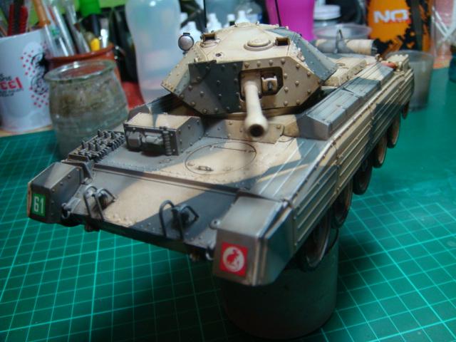 A15 Crusader Mk III  Italeri 1/35... - Página 4 DSC07807
