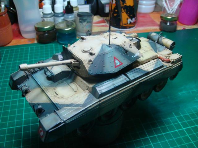A15 Crusader Mk III  Italeri 1/35... - Página 4 DSC07810