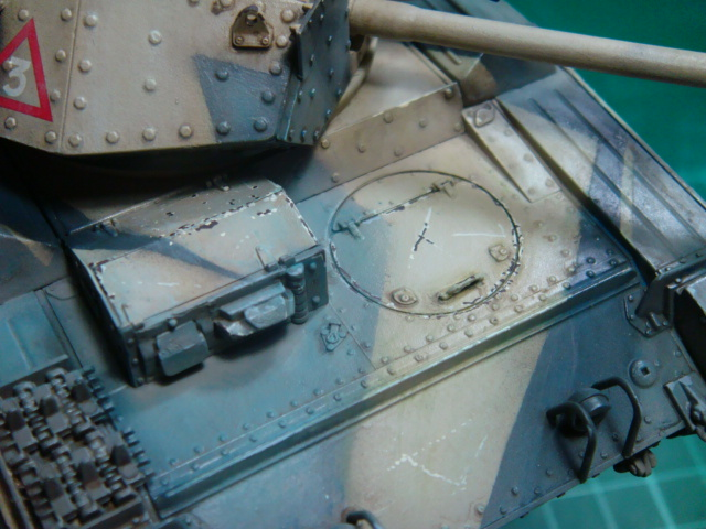 A15 Crusader Mk III  Italeri 1/35... - Página 4 DSC07824